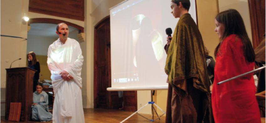 DE LA PASSION À LA RÉSURRECTION Une restitution de pâques